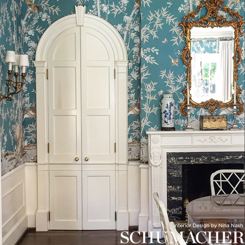 Brighton Pavilion in 'Peacock' from Schumacher Wallpaper