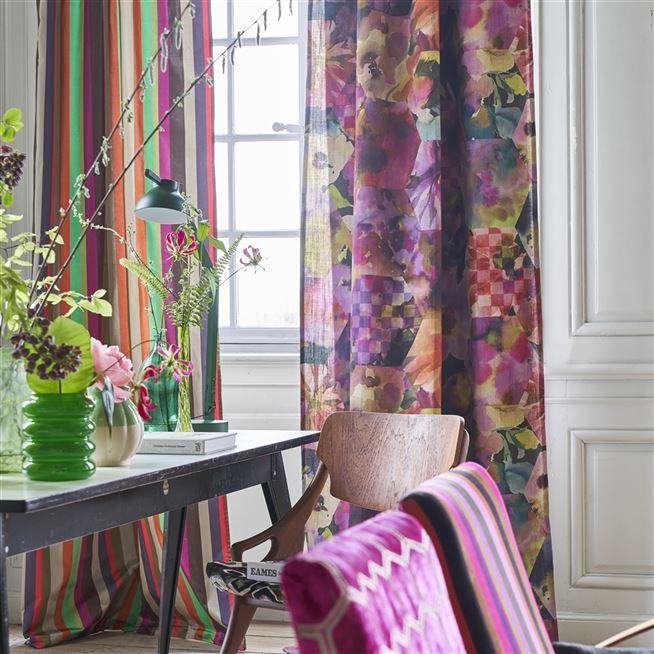 Kashmiri magenta designers guild fabric