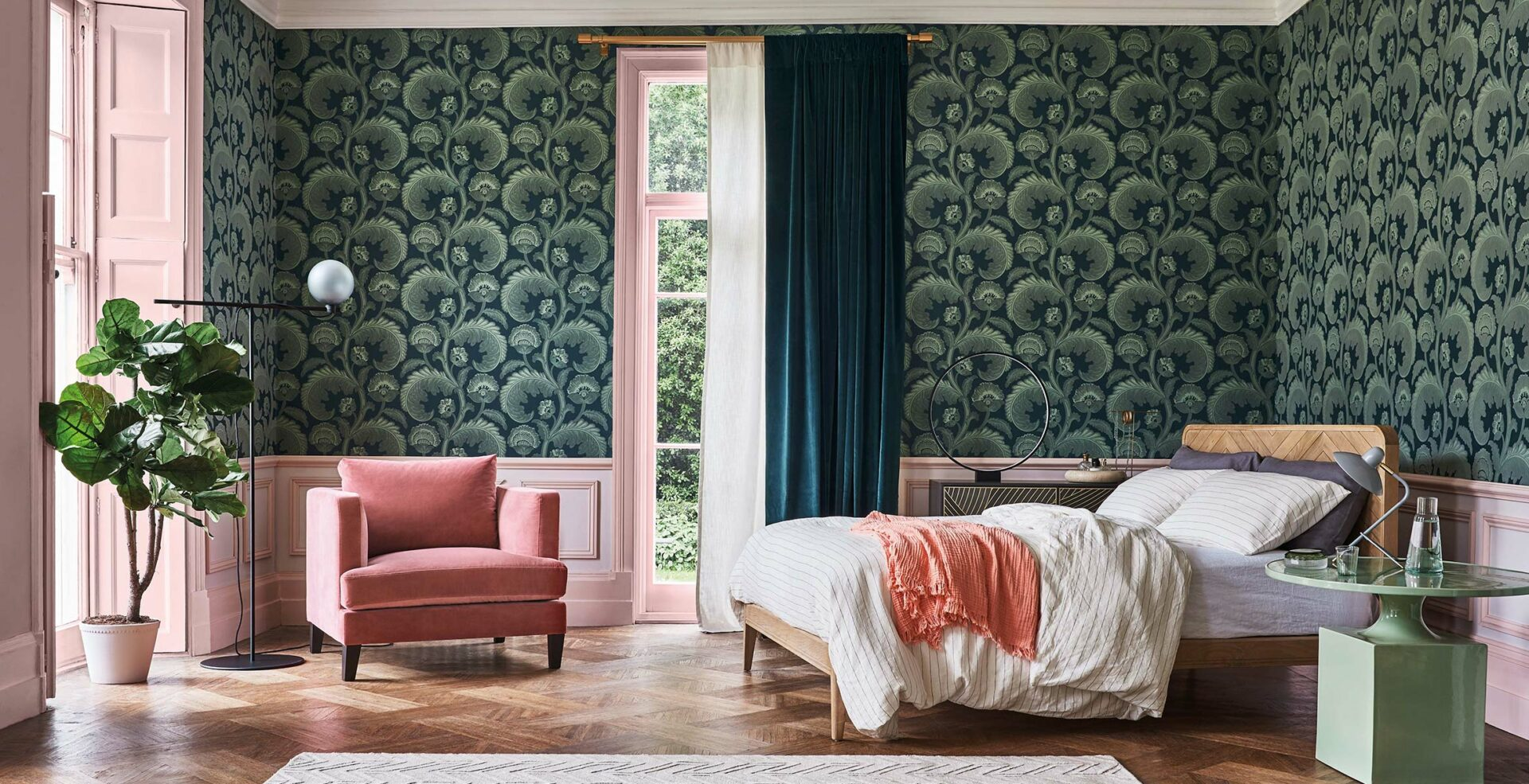 Fanfare Flock - Cole & Son Wallpaper